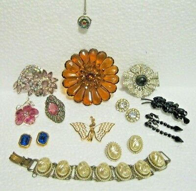 Vintage Lot Of Unsigned Costume Jewelry Lots Of Bling! 13 Pcs