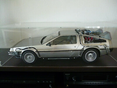 DeLorean Zeitmaschine Back to the Future, Hot Toys 1:6, wie neu in OVP