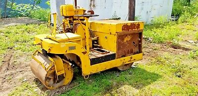 Western Gas Powered Vibraroll Roller