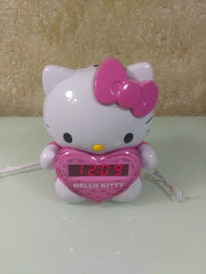 Hello Kitty AM/FM Projection Alarm Clock Radio with Digital Tuning KT2064P