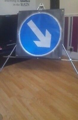 roll up directional arrow signs