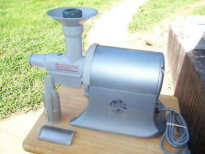 """"""" THE CHAMPION """" COMMERCIAL GRAY JUICER EXTRACTOR Mod G5-PG710 HEAVY DUTY WORKS"""