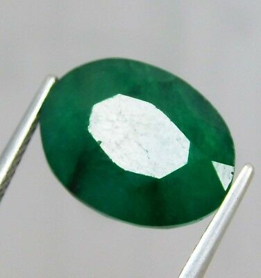 Natural 5.10 Cts. Beautiful  Oval Cut Colombian Loose Emerald Gems.11093 KL