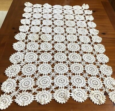 VTG ANTIQUE LACE TABLECLOTH, THROW 29x44  CROCHET PINWHEELS HANDMADE CRAFT