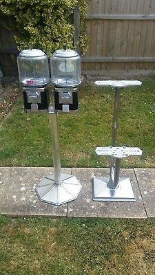 ** Premium Beaver sweet vending machines on stand & separate 4 head stand  **