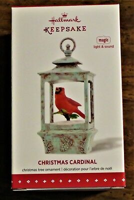 Hallmark Keepsake Christmas Cardinal Lights & Sound Ornament 2015 New In Box