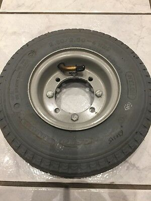 Tennant 5400 Scrubber Dryer Drive Wheels And Tyres
