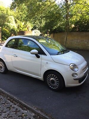 2011 Fiat 500 Lounge automatic Bluetooth, AUX, Panoramic roof, Blue&me