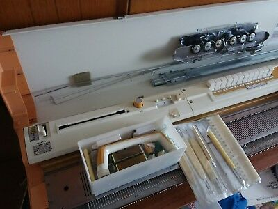 TOYOTA 787 KNITTING MACHINE, plus TOOLS, etc
