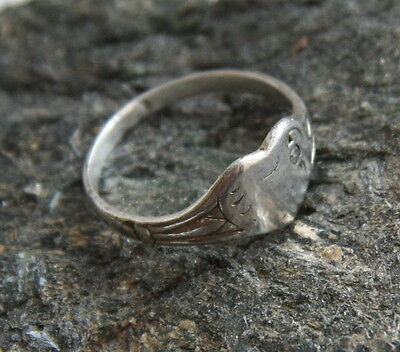 Vintage Old Silver 925 Heart Ring With Rhinestone (Size 3.75)
