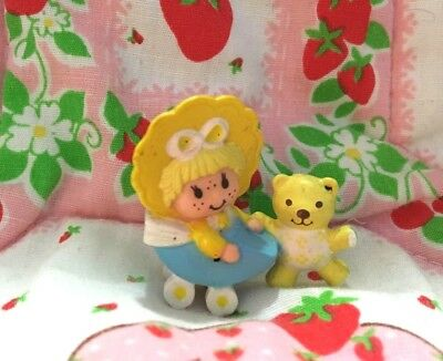 Vintage Strawberry Shortcake Butter Cookie In Buggy Mini 1981