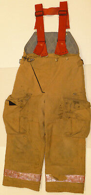 32x26 Pants & Suspenders Firefighter Turnout Bunker Fire Gear Globe P863