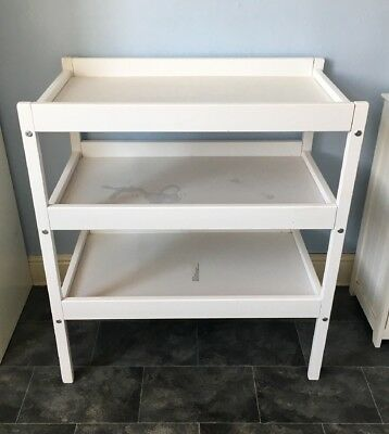 Baby Changing Table with Shelves (White)