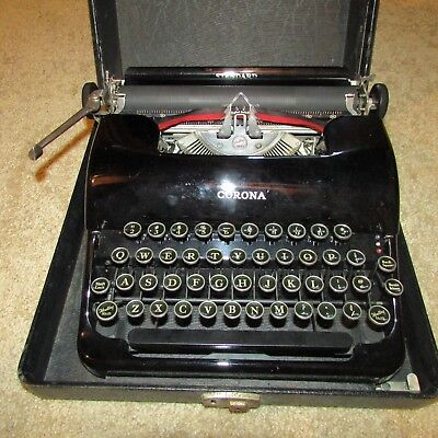 Vintage 1930's Black Standard Smith-Corona Portable Typewriter w/Case, WORKS!