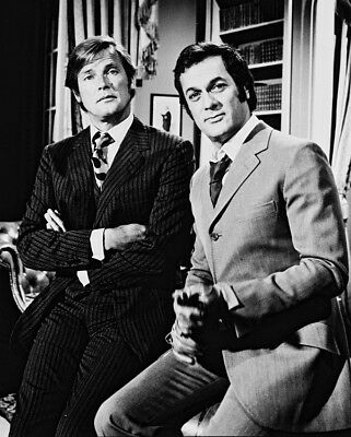 Roger Moore And Tony Curtis B&W 8X10 Photo The Persuaders Cult Tv 20x25cm approx