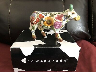 Cow Parade Maddi's Garden Flower Bee Butterfly Frog Cow Westland