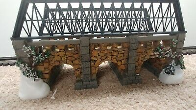 Dept 56 Dickens Stone Trestle Bridge Accessory Dickens Village RETIRED 2001