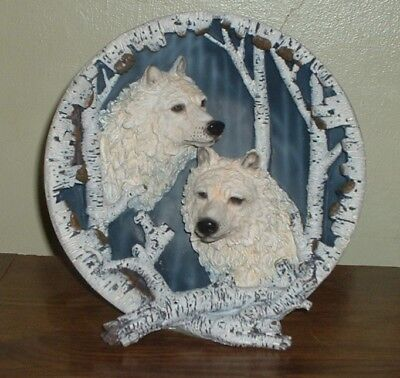 3D White Wolves Self Standing Collectors Plate