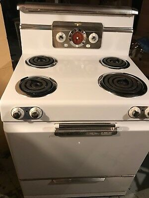 Vintage Stove - Frigidaire by General Motors
