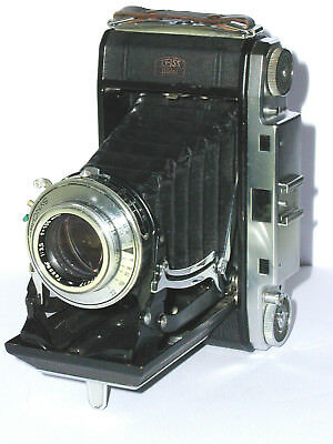 Zeiss IKONTA  524/2,  Opton Tessar 3,5/105 mm