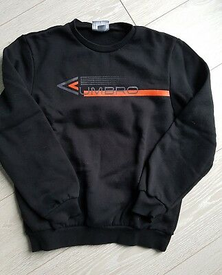 pull garcon taille 14 ans marq Umbro tbe