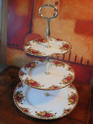 Royal Albert Old Country Roses Porcelain - 1962 Des - Large 3 Tier Cake Stand