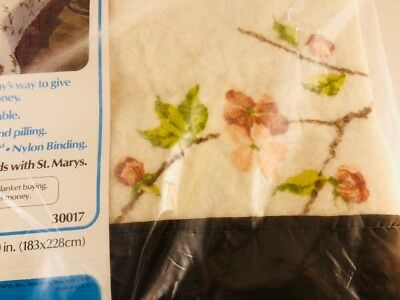 New! Vtg St. Marys Apple Blossom Screen Printed Blanket Acrylic- Twin/Full Size