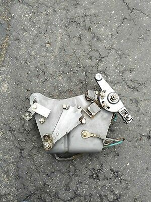 0984281 OMC Cobra Stern Drive Shift Assist Module and Bracket 1987