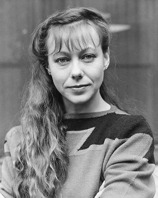 Jenny Agutter B/&W 8X10 Photograph I start Counting Schoolgirl uniform
