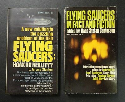 2 Old Paperback Books 1966 1968 UFO Flying Saucers Spaceship Hoax Reality Sci-Fi