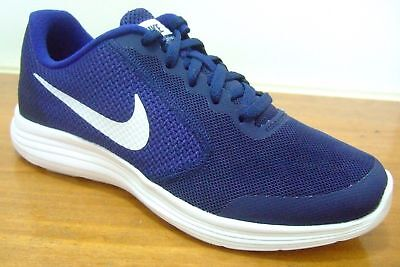 Nike Revolution 3 Gs Boys Shoes Trainers Size 4 - 6   819413 406