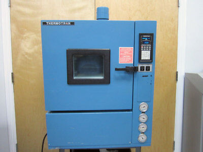 Thermotron S-1.2C 2800 Environmental Temperature Test Chamber -73 C To +180 C