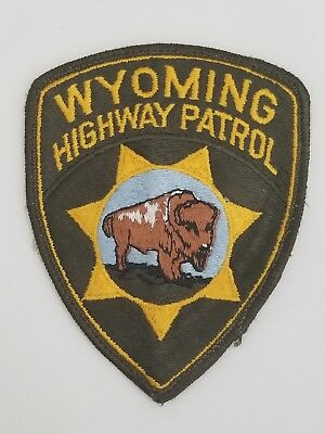 vintage WYOMING HIGHWAY PATROL PATCH mt LAW ENFORCEMENT OFFICER state police