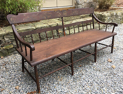Antique American Windsor plank seat settee painted country pine Pennsylvania