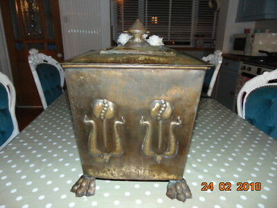 """Art Nouveau Copper Coal  Log Scuttle Box With Tulips And Nice Lions Feet 17""""high"""