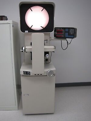 Micro-Vu Spectra Optical Comparator with Q16 Metrology Computer