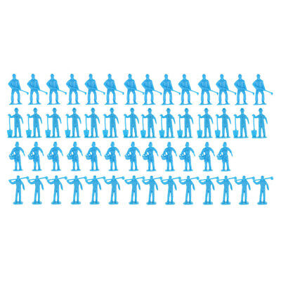 50pcs Painted Worker People Figure tenant des outils Set modèle passe-temps