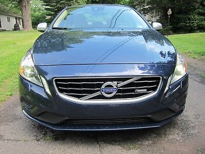 2011 Volvo S60 T6 AWD VOLVO S60 2011 T6 ALL WHEEL DRIVE CASPIAN BLUE R DESIGN TRIM SPORT SEATS SHARP!