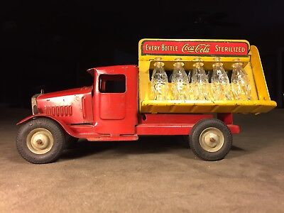 1930's Original Pressed Steel Metalcraft Coca-Cola Distributor Truck W/ Bottles