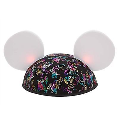 Disney Parks Mickey Mouse and Friends Light-Up Made With Magic Show Ears Hat NWT