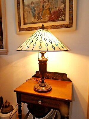 Antique 1930's Solid Turned Mahogany Table Lamp w/Vintage Stained Glass Shade Ex
