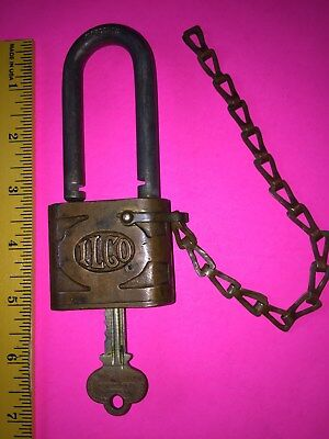 Vintage  ~Ilco~  Padlock With Key & Chain, Very Large, In Working Condition