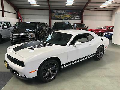 2018 Dodge Challenger 3.6 SXT PLUS BLACK EDITION Only 2100 Miles