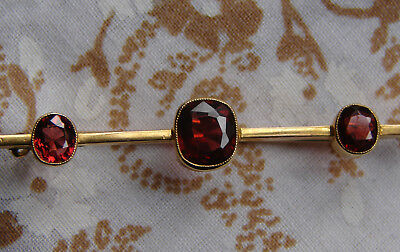 A Lovely, Early Art Deco 15ct Solid Gold Brooch Set with Three Garnets