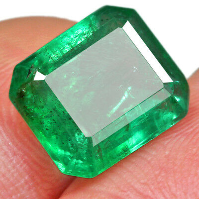 3.4CT Grade Green Emerald 100% Natural Collection Retail Price $1000 UQMD-T106