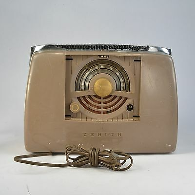 Vintage Zenith Portable Radio w manual Mod 6G801Y parts, repair or display