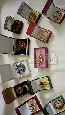 Job Lot Of vintage  Brooches And Pins