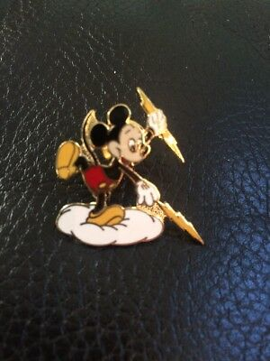 VERY RARE MICKEY MOUSE REEDY CREEK ENERGY SERVICES PIN Lightning Bolt