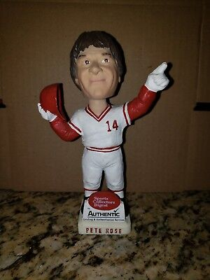 Collectors Digest Pete Rose Cincinnati Reds Bobblehead