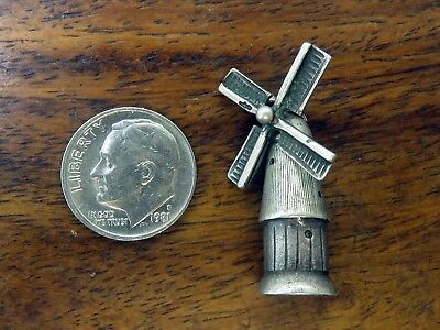 Vintage silver LARGE HOLLAND DUTCH ANTIQUE MOVABLE BLADES WINDMILL charm 3.8G